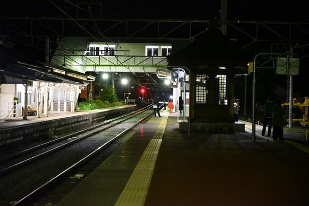 夜の聖高原駅