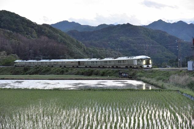 特急列車四季島~坂北ー聖高原~